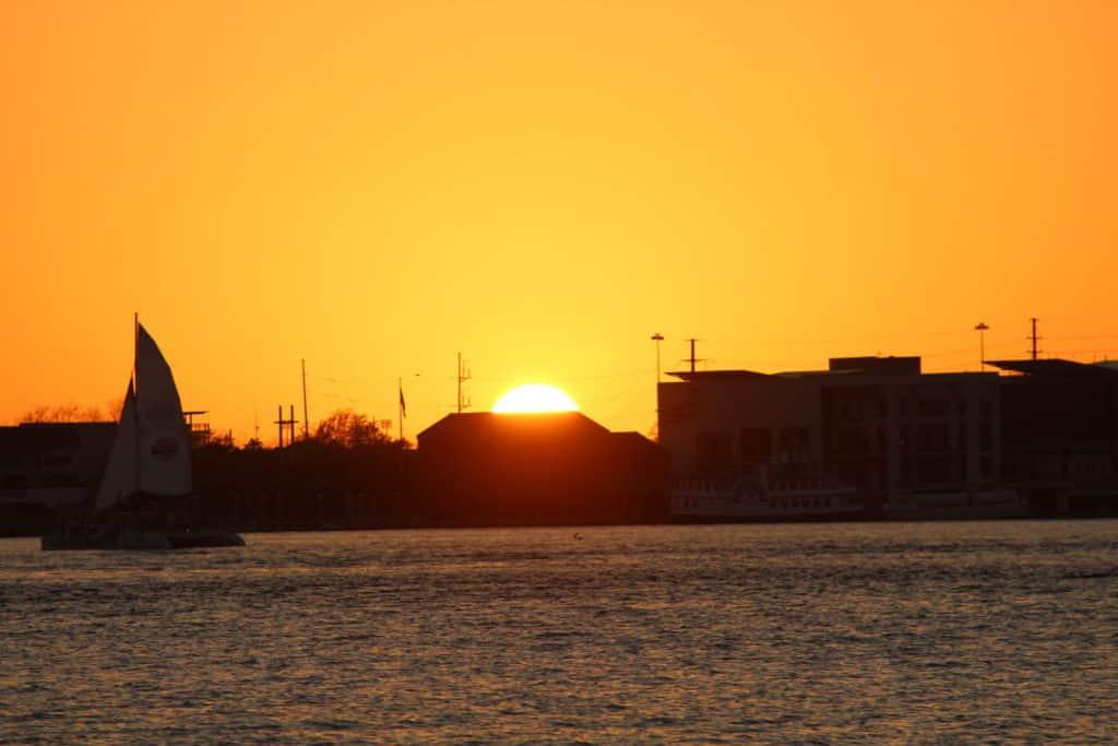 Charleston Sunset Charters & Cruises